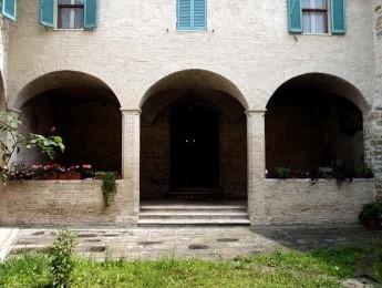 LA VIA DI PORTA SOLE Perugia